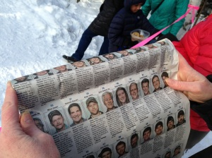 a newspaper lets us yell out the names of mushers as they go by